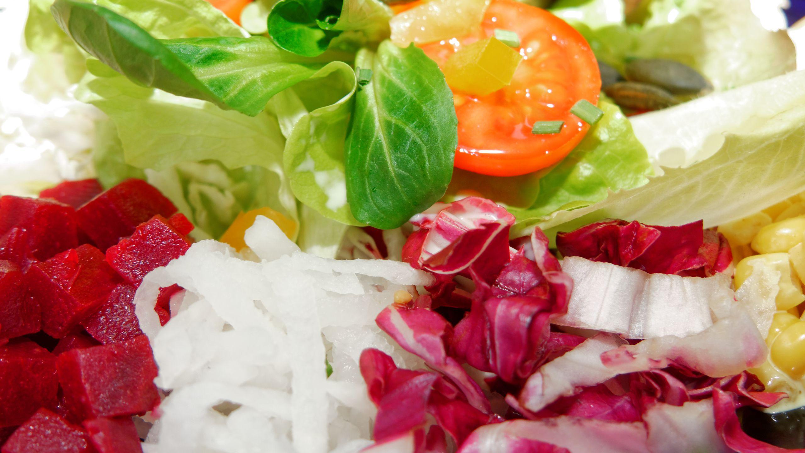 zoom-salatteller.jpg